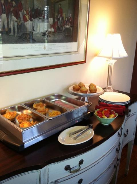 Complimentary Breakfast Each Morning.